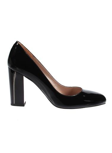 İnci Kalın Topuklu Rugan Ayakkabı Siyah